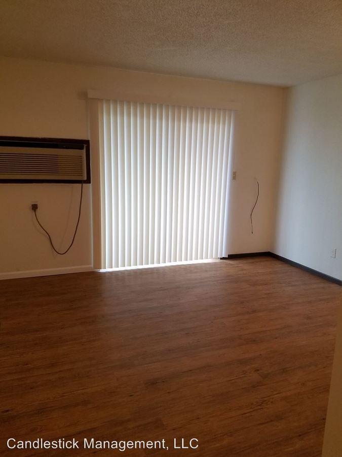 Studio 1 Bathroom Apartment for rent at 1111 Sw Fillmore Street in Topeka, KS