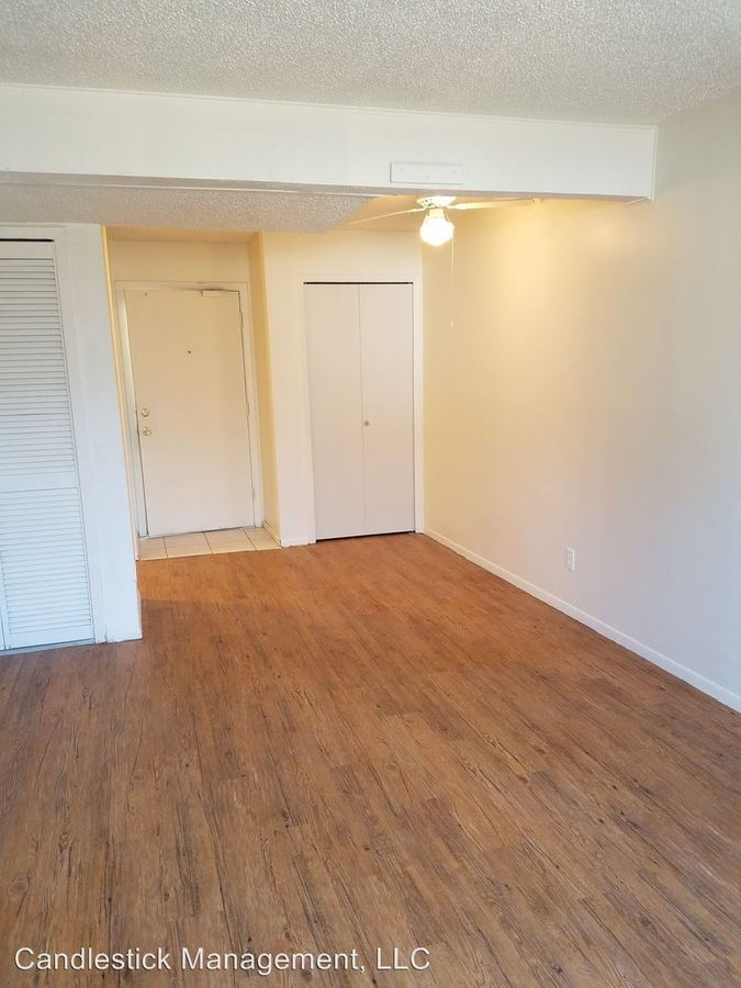 2 Bedrooms 1 Bathroom Apartment for rent at 1111 Sw Fillmore Street in Topeka, KS