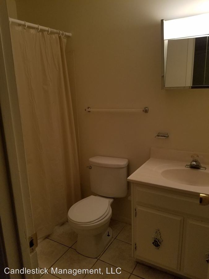 1 Bedroom 1 Bathroom Apartment for rent at 1111 Sw Fillmore Street in Topeka, KS