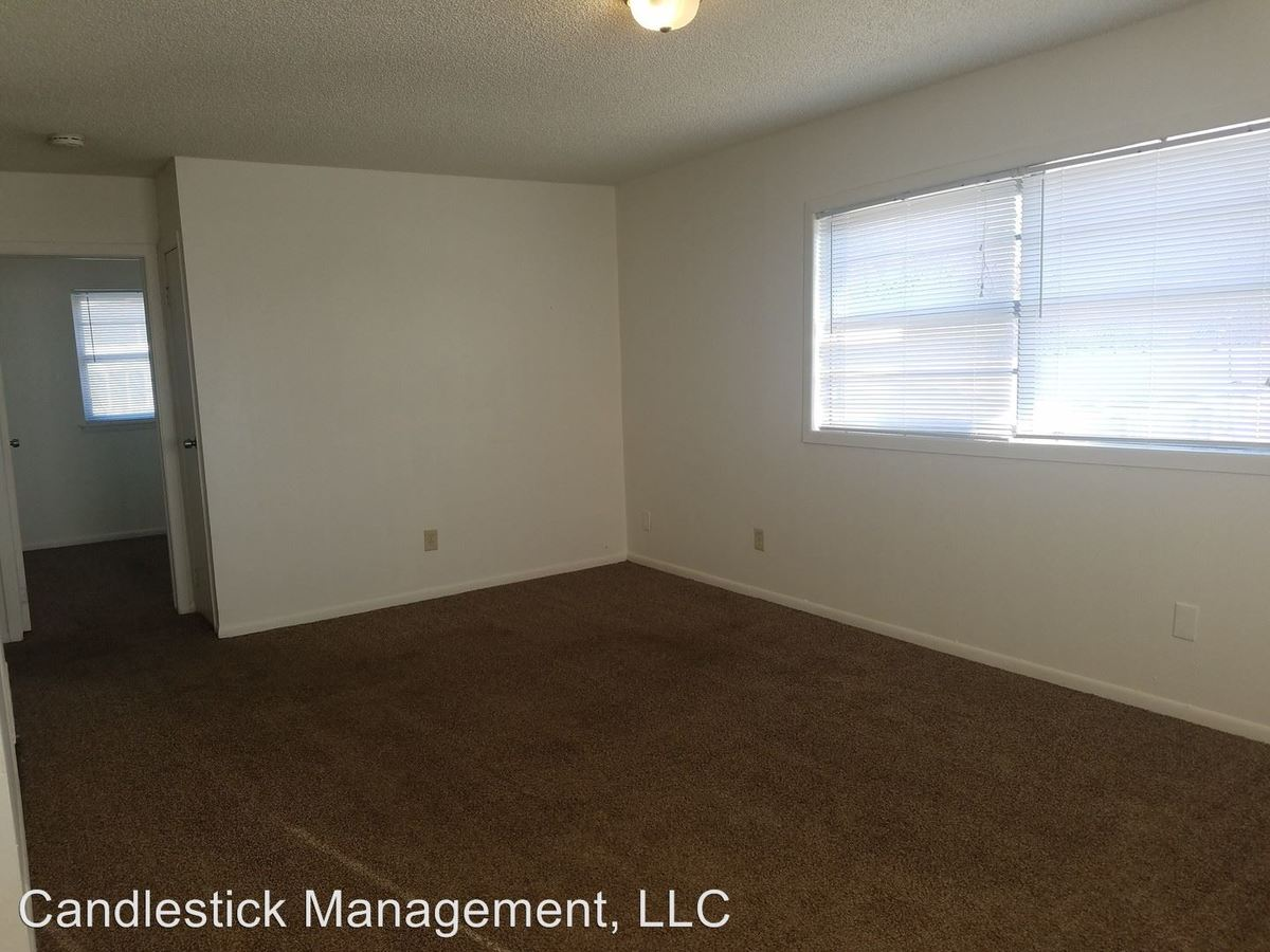 3 Bedrooms 1 Bathroom Apartment for rent at 426 Se Arter Ave. in Topeka, KS