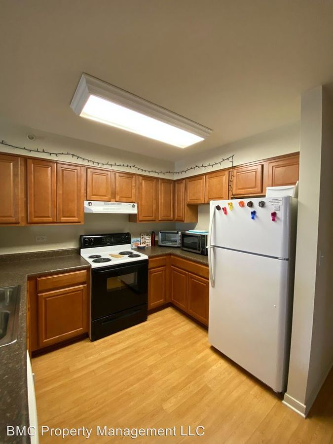 4 Bedrooms 2 Bathrooms Apartment for rent at 114-116 Carrollton Terrace in Charlottesville, VA