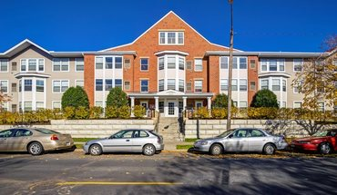 Similar Apartment at 1015 Southeast 8th Street
