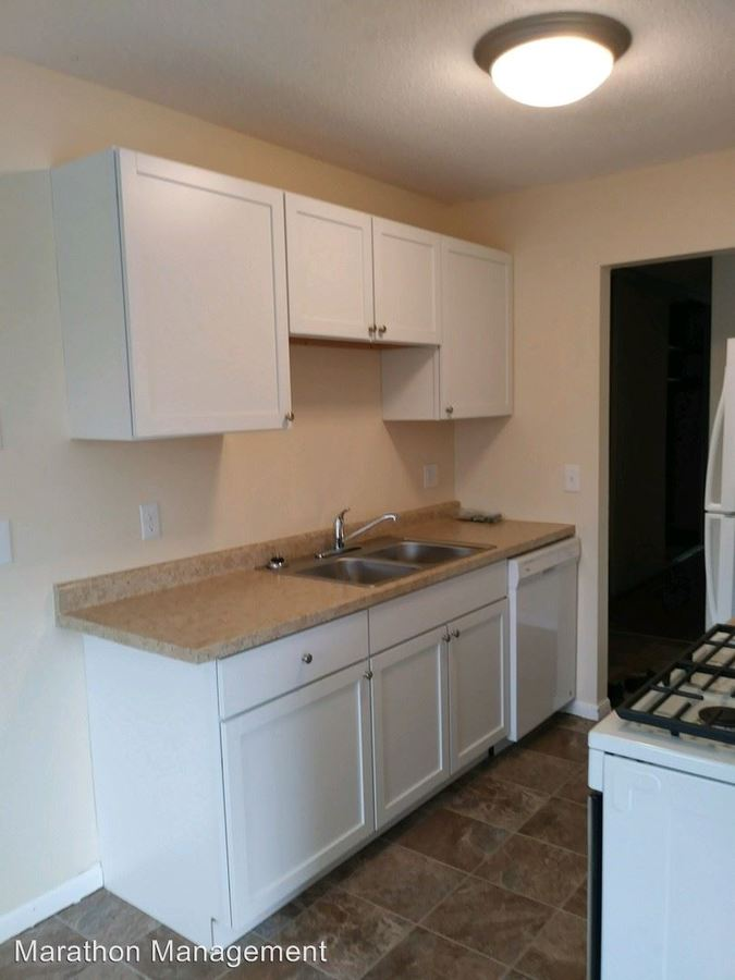 2 Bedrooms 1 Bathroom Apartment for rent at 840 3rd Avenue 105 in Excelsior, MN