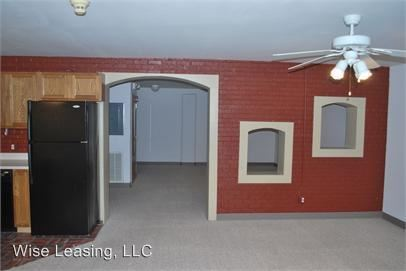 1 Bedroom 1 Bathroom Apartment for rent at 424 W. Mcdaniel St., Units 1-2, A-h in Springfield, MO