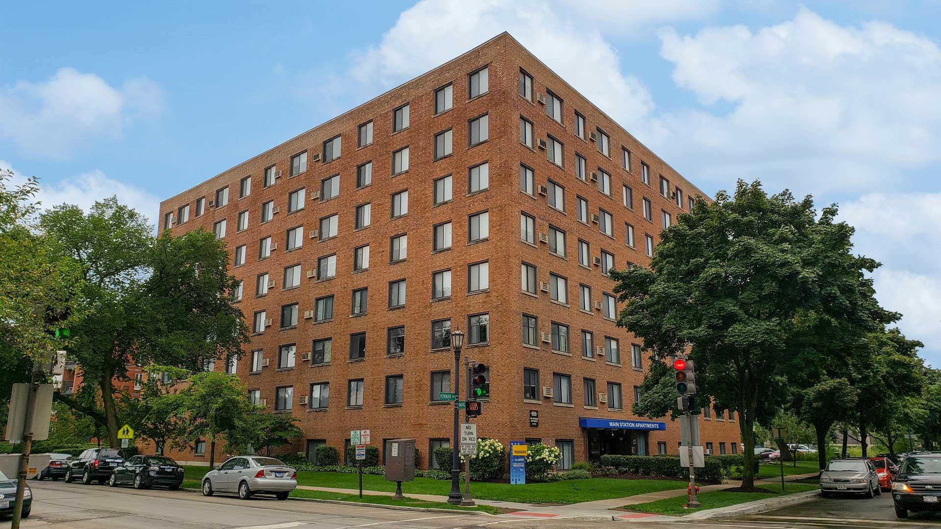 Apartments Near Evanston Main Station for Evanston Students in Evanston, IL