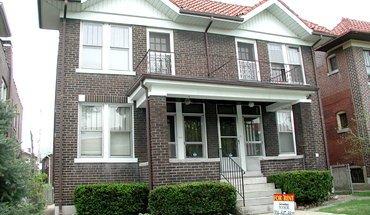 Similar Apartment at 4954 Lindenwood Avenue