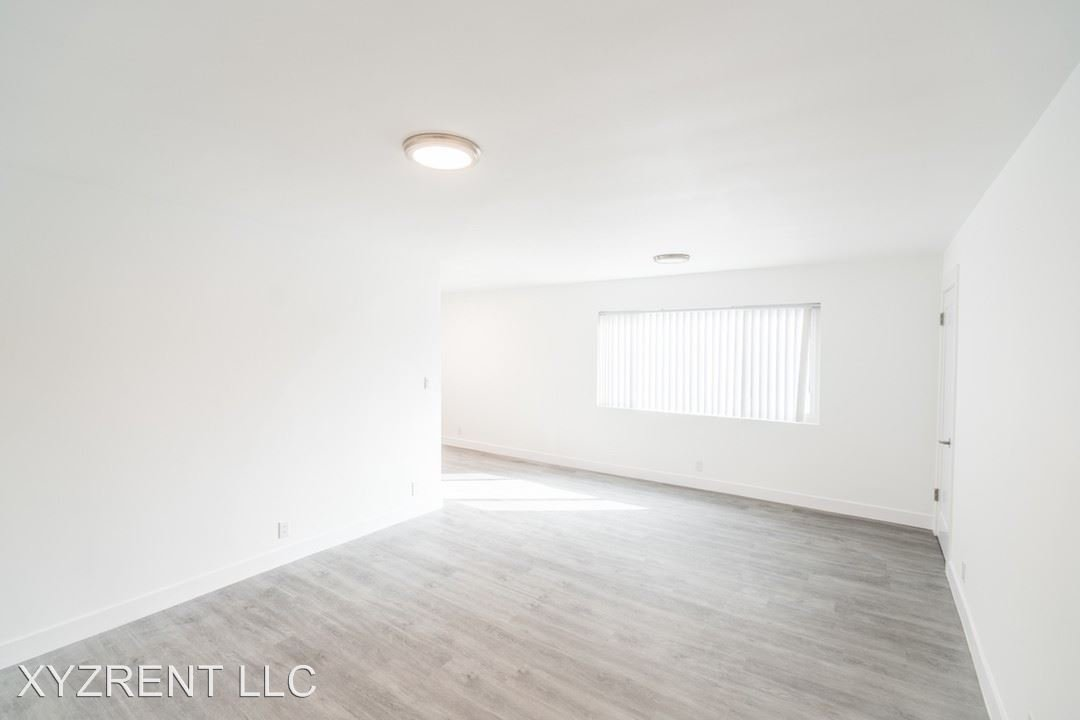 2 Bedrooms 2 Bathrooms Apartment for rent at 2614 Kansas Ave. in Santa Monica, CA
