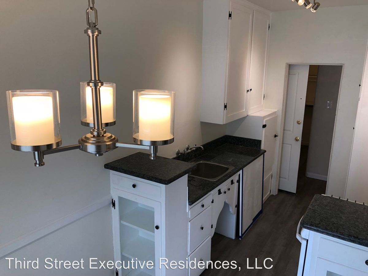 1 Bedroom 1 Bathroom Apartment for rent at 409 W. 3rd Street in Long Beach, CA