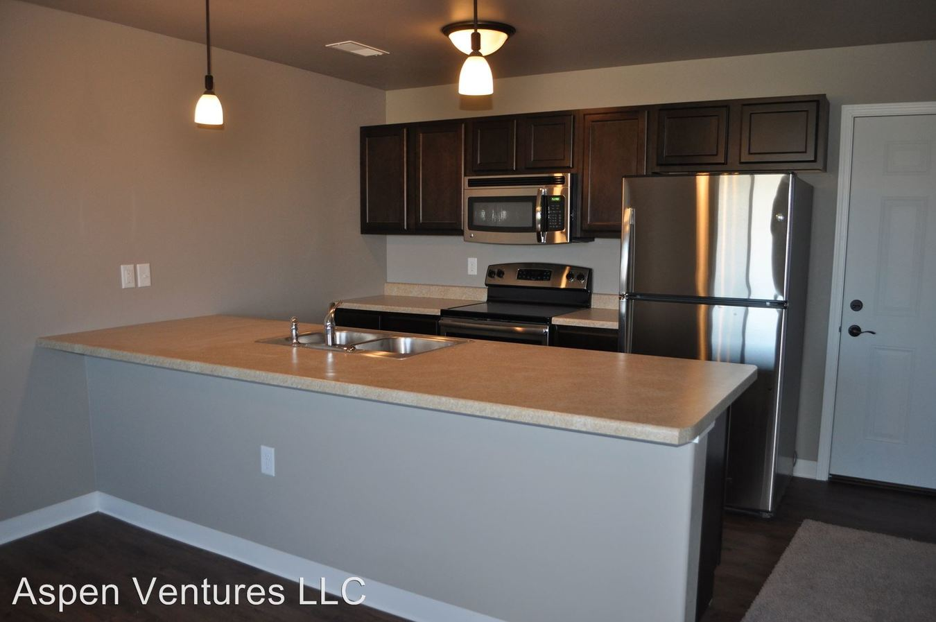 2 Bedrooms 1 Bathroom Apartment for rent at 591 State Street in Tiffin, IA