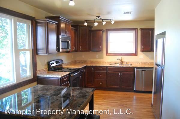 4 Bedrooms 2 Bathrooms Apartment for rent at 504 S. Lincoln Ave. in Urbana, IL