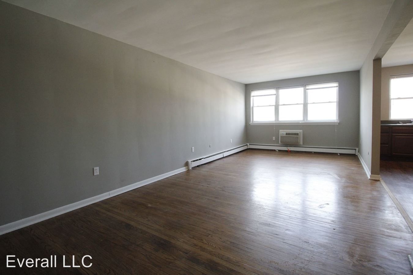 1 Bedroom 1 Bathroom Apartment for rent at 5 W Oakland Ave in Oaklyn, NJ