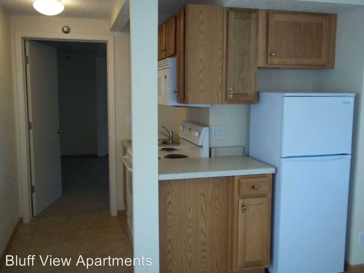 1 Bedroom 1 Bathroom Apartment for rent at 3715/3717 Mormon Coulee Road in La Crosse, WI