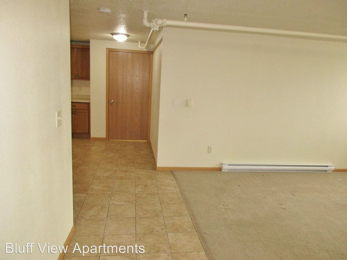 2 Bedrooms 2 Bathrooms Apartment for rent at 3715/3717 Mormon Coulee Road in La Crosse, WI