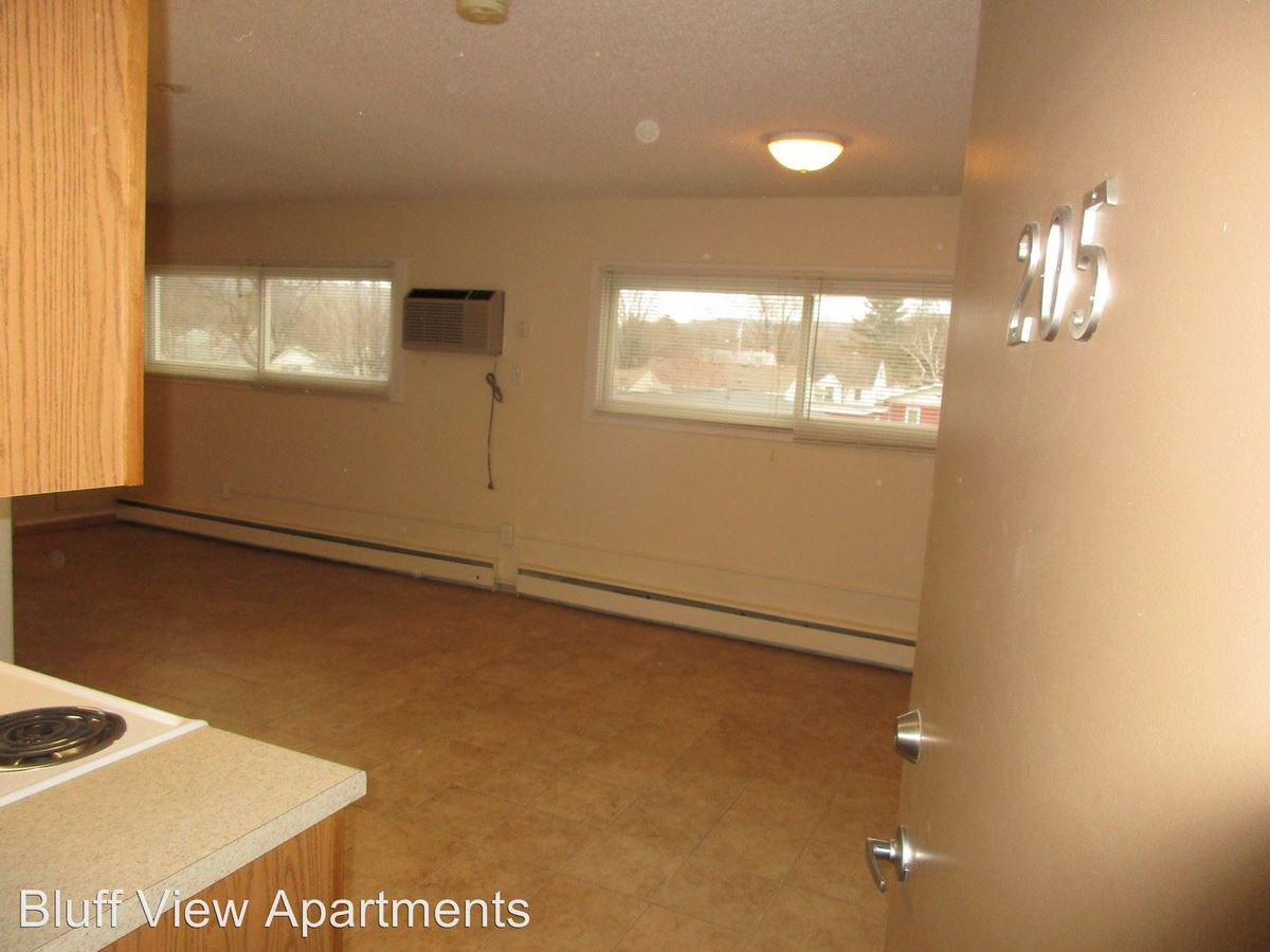 Studio 1 Bathroom Apartment for rent at 3715/3717 Mormon Coulee Road in La Crosse, WI