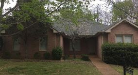 Similar Apartment at 7168 Forrest Oaks Drive