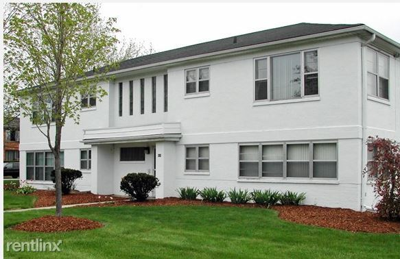 4 Bedrooms 2 Bathrooms Apartment for rent at White House Apartments in Lansing, MI