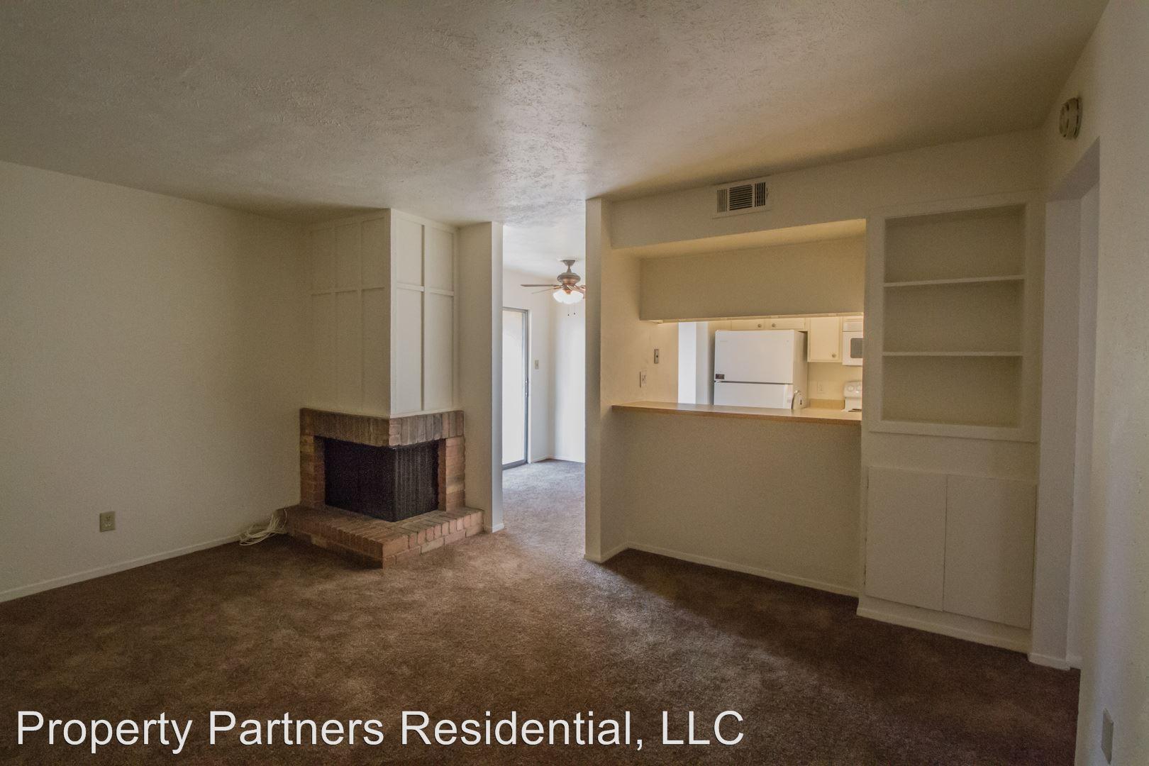 Similar Apartment at 1620 N Wilmot Q400