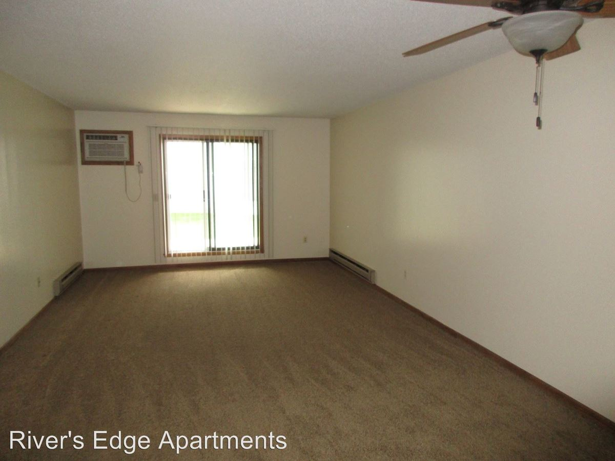 2 Bedrooms 1 Bathroom Apartment for rent at 401 Gillette Street in La Crosse, WI