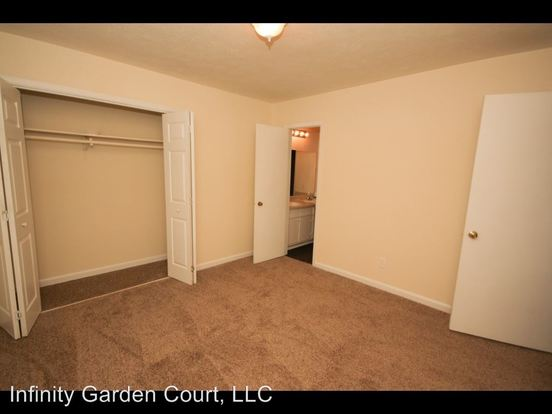 2 Bedrooms 1 Bathroom Apartment for rent at 4060 Janice Drive in East Point, GA