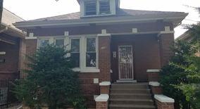 Similar Apartment at 6136 S. Richmond