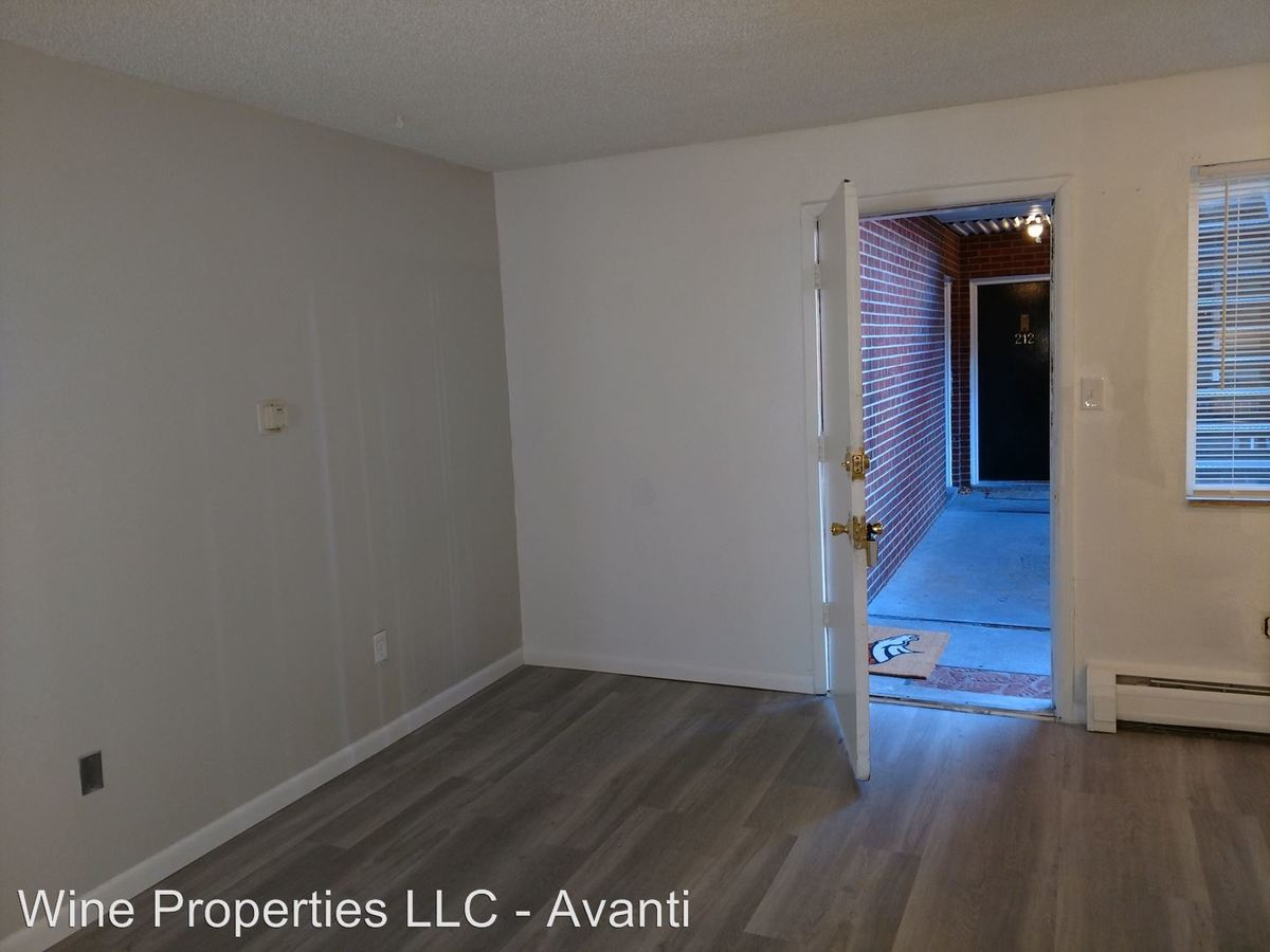 1 Bedroom 1 Bathroom Apartment for rent at 4050 S. Bannock Street in Englewood, CO