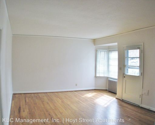 1 Bedroom 1 Bathroom Apartment for rent at 4405 4527 Ne Hoyt St in Portland, OR