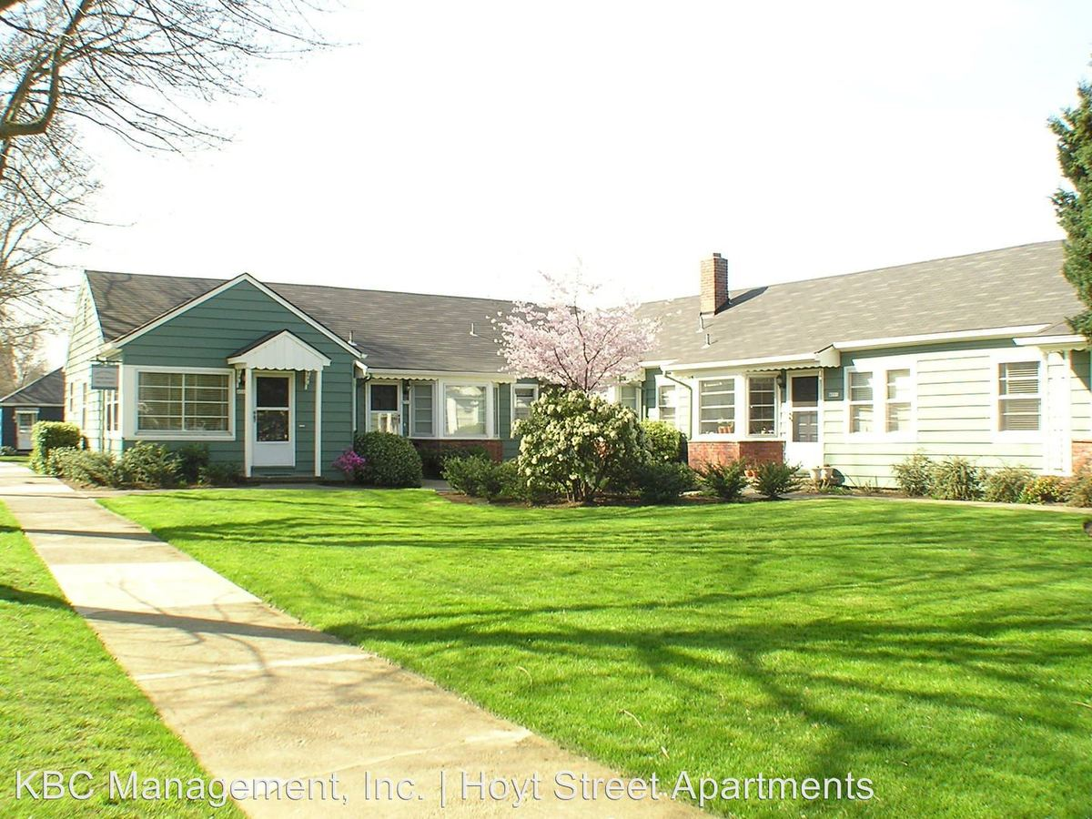 1 Bedroom 1 Bathroom Apartment for rent at 4405-4527 Ne Hoyt St in Portland, OR