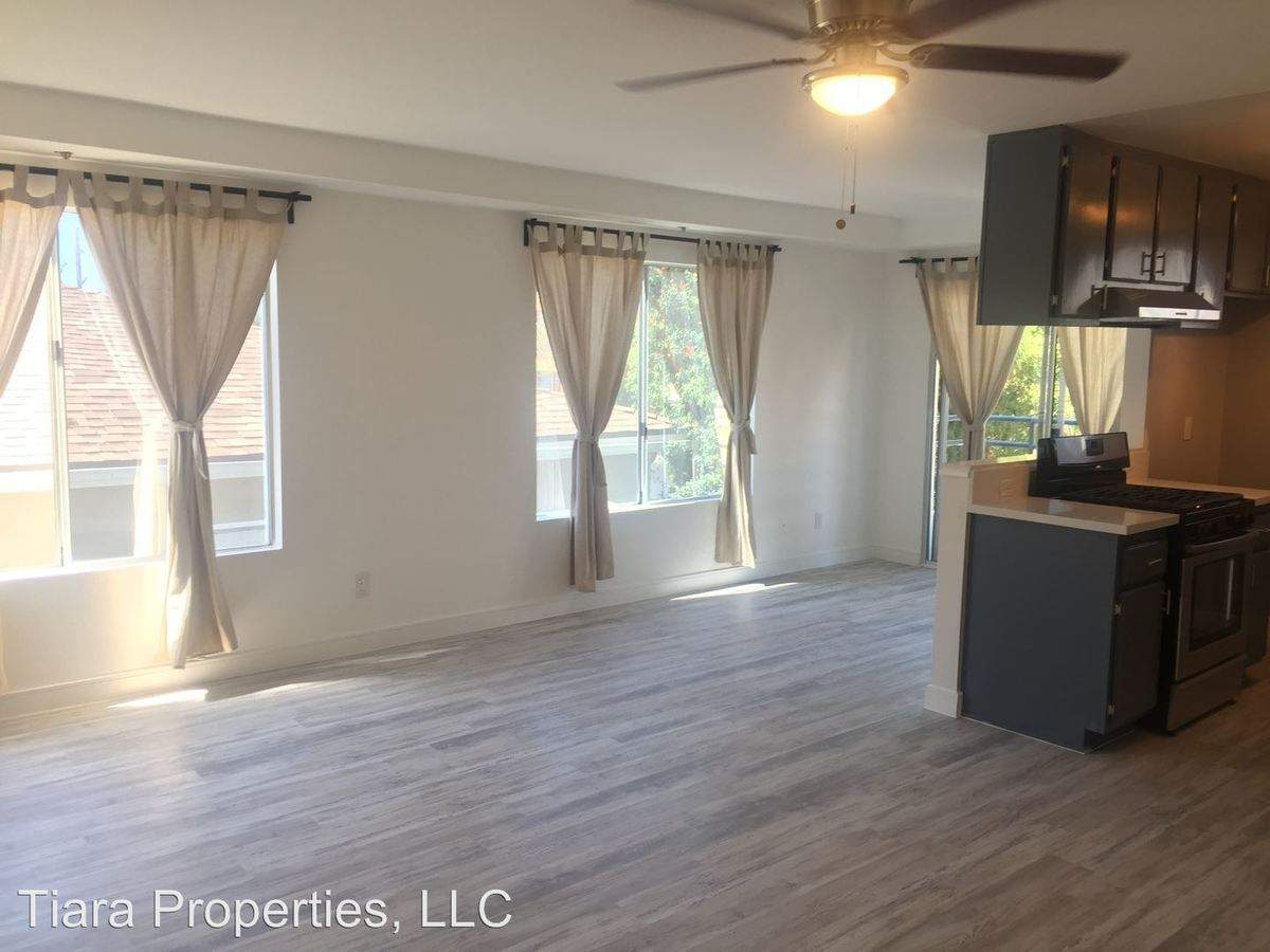 2 Bedrooms 2 Bathrooms Apartment for rent at 14142 Tiara Street in Sherman Oaks, CA