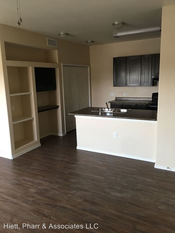 2 Bedrooms 1 Bathroom Apartment for rent at 500 S Yarbrough in El Paso, TX