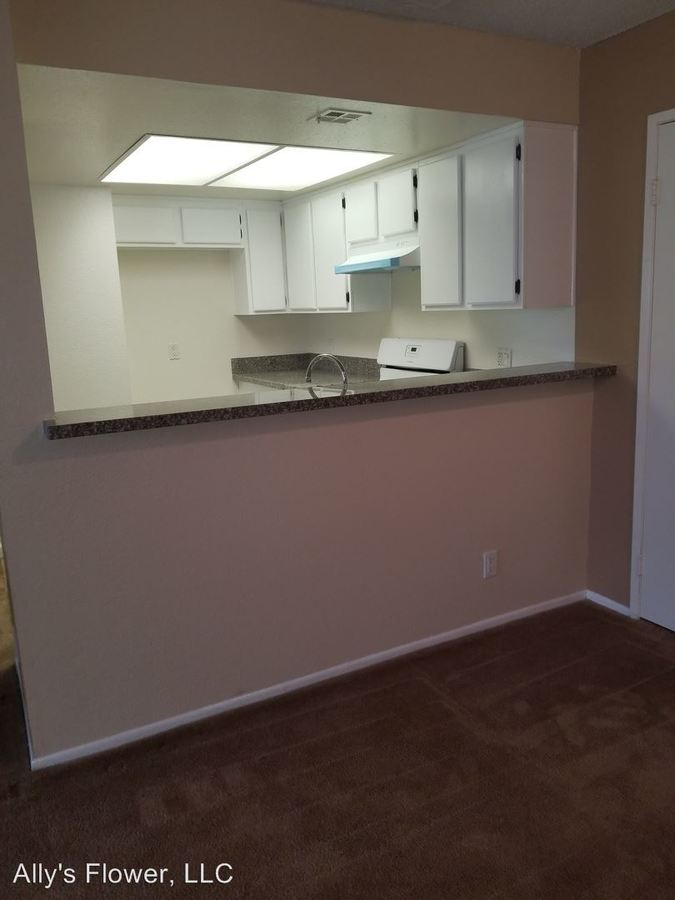 1 Bedroom 1 Bathroom Apartment for rent at Ally's Flower Llc 10523 Floralita St. in Sunland, CA