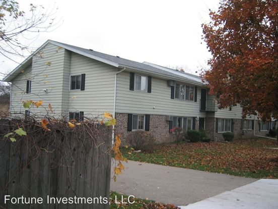 1 Bedroom 1 Bathroom Apartment for rent at 4814 Dale St in Mcfarland, WI