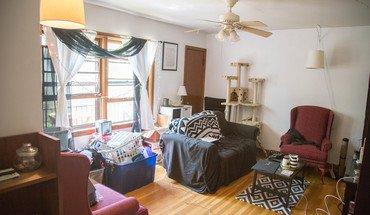 Similar Apartment at 809 East Johnson Street