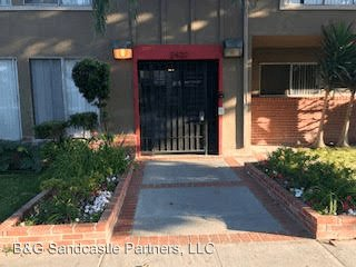 1 Bedroom 1 Bathroom Apartment for rent at 2420-2444 E. 5th St. 01-12,14-15 in Long Beach, CA
