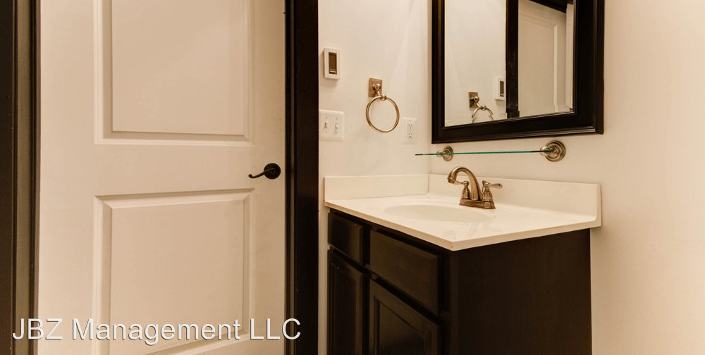 2 Bedrooms 2 Bathrooms Apartment for rent at 16 E Biddle St in Baltimore, MD