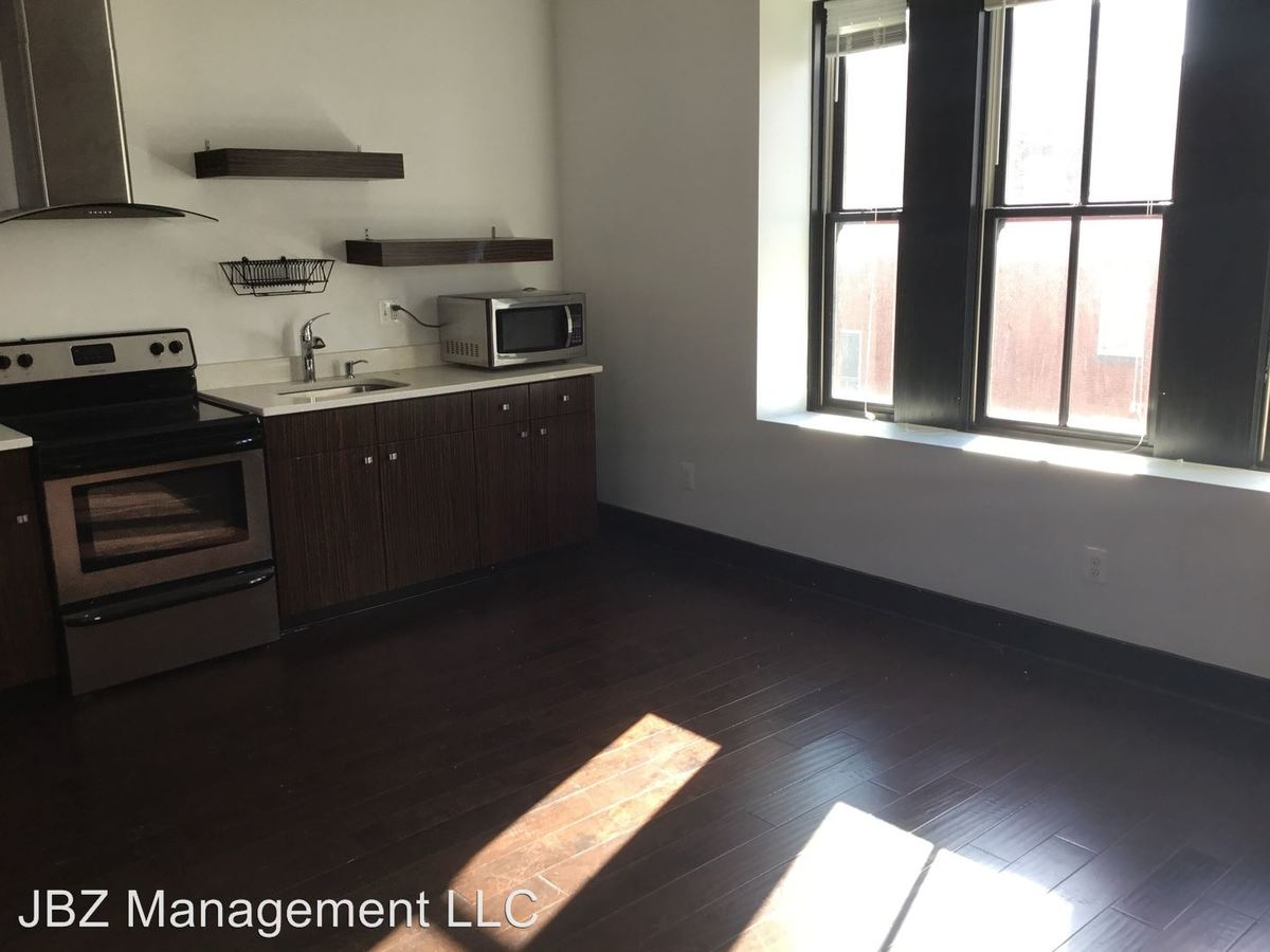 1 Bedroom 1 Bathroom Apartment for rent at 16 E Biddle St in Baltimore, MD