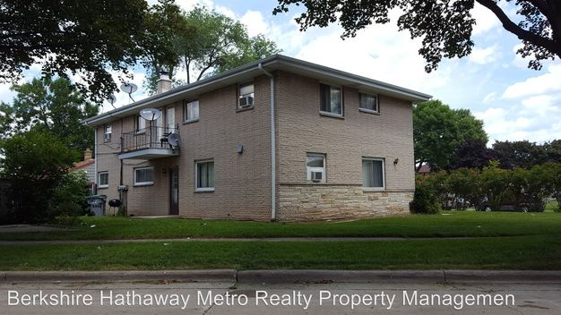 3 Bedrooms 1 Bathroom Apartment for rent at 5533 N 95th Street in Milwaukee, WI