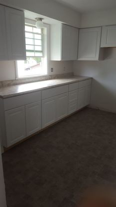 3 Bedrooms 1 Bathroom Apartment for rent at 5415 17 N 91st Street in Milwaukee, WI