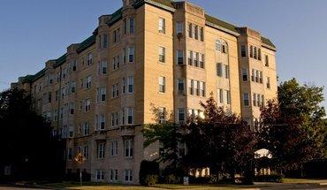 Sylvester Manor Apartments