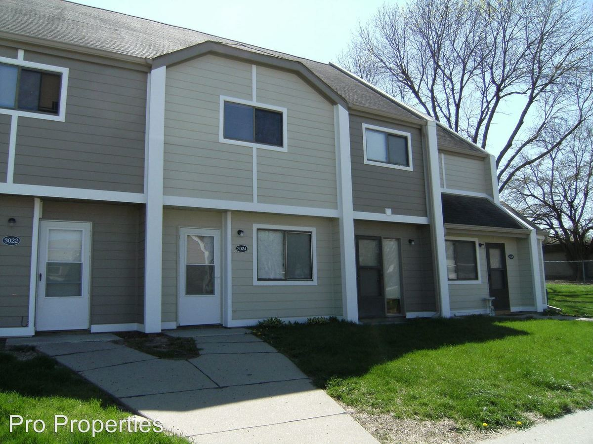 2 Bedrooms 1 Bathroom Apartment for rent at 3004-3038 S 68 Ct in Omaha, NE