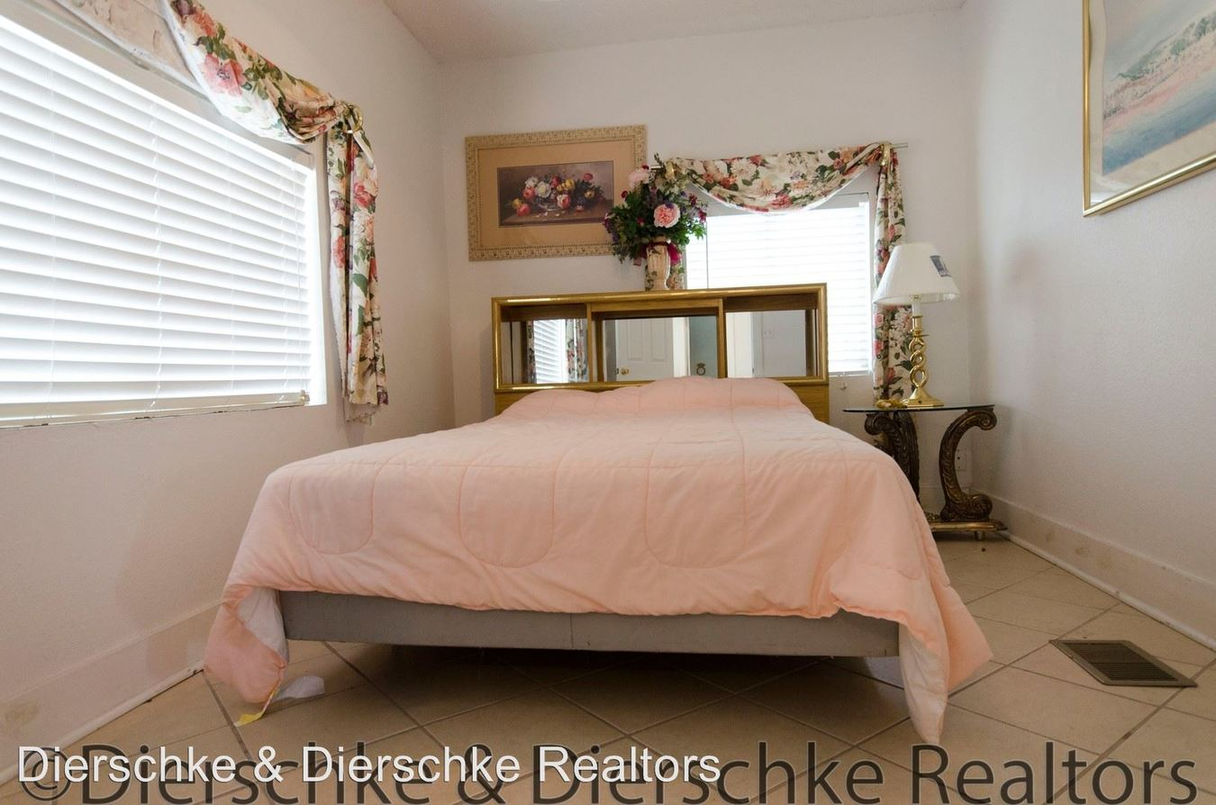 Tremendous 109 E Twohig San Angelo Tx Apartment For Rent Interior Design Ideas Clesiryabchikinfo