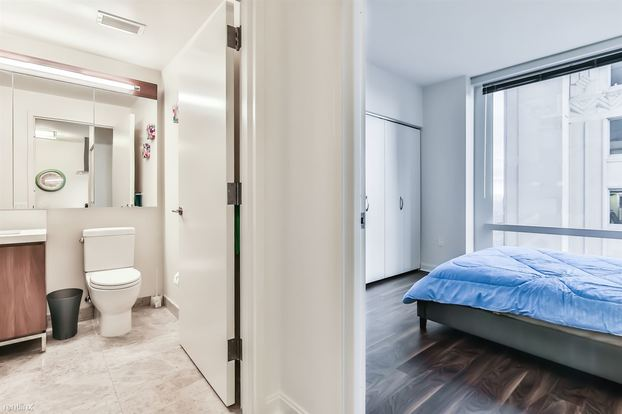 1 Bedroom 1 Bathroom House for rent at One Eleven in Chicago, IL