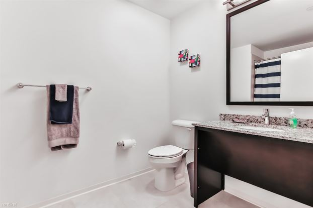 1 Bedroom 1 Bathroom Apartment for rent at Circa 922 in Chicago, IL