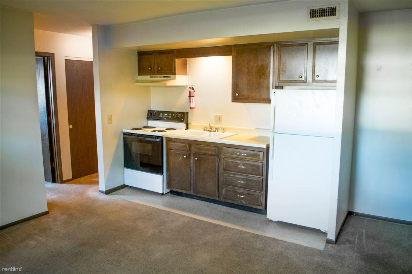 1 Bedroom 1 Bathroom Apartment for rent at Hidden Village Apartments in Toledo, OH