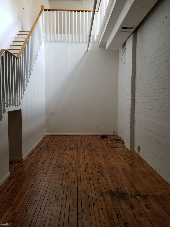 1 Bedroom 1 Bathroom Apartment for rent at 33 S Michigan St in Toledo, OH