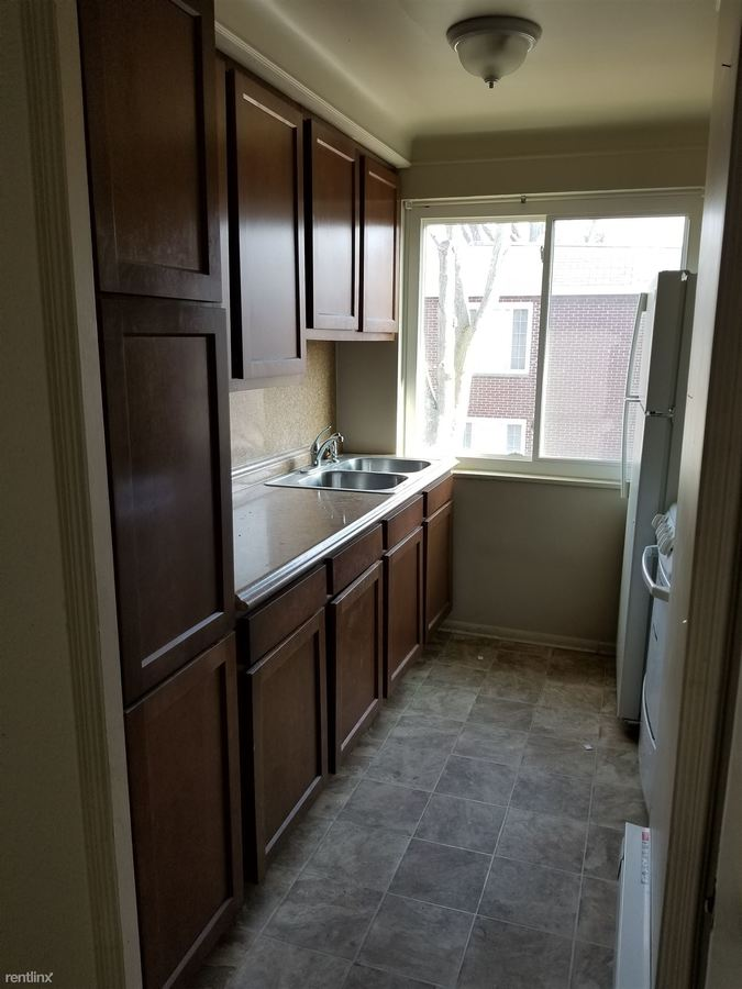 Studio 1 Bathroom Apartment for rent at 3158 Algonquin Pkwy in Toledo, OH