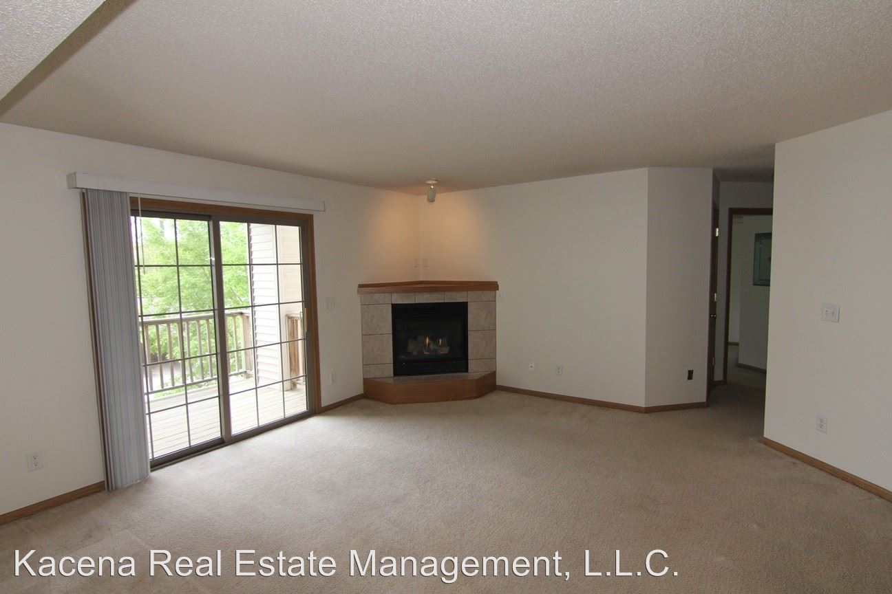 2 Bedrooms 1 Bathroom Apartment for rent at 2882 Coral Ct in Coralville, IA