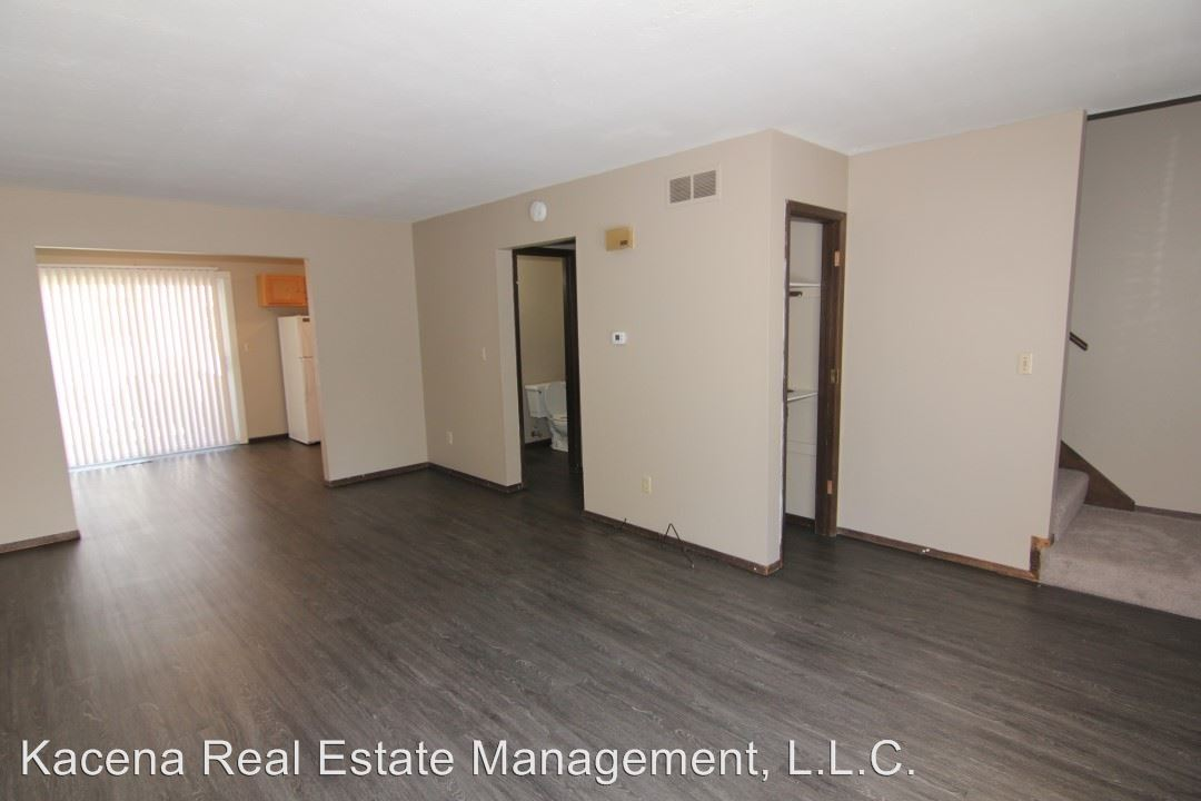 2 Bedrooms 1 Bathroom Apartment for rent at 508 Fifth St in Coralville, IA