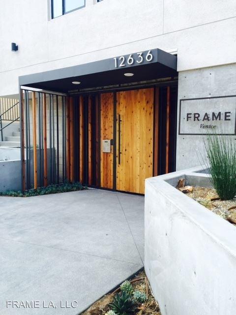 Studio 2 Bathrooms Apartment for rent at 12636 Matteson Avenue in Los Angeles, CA