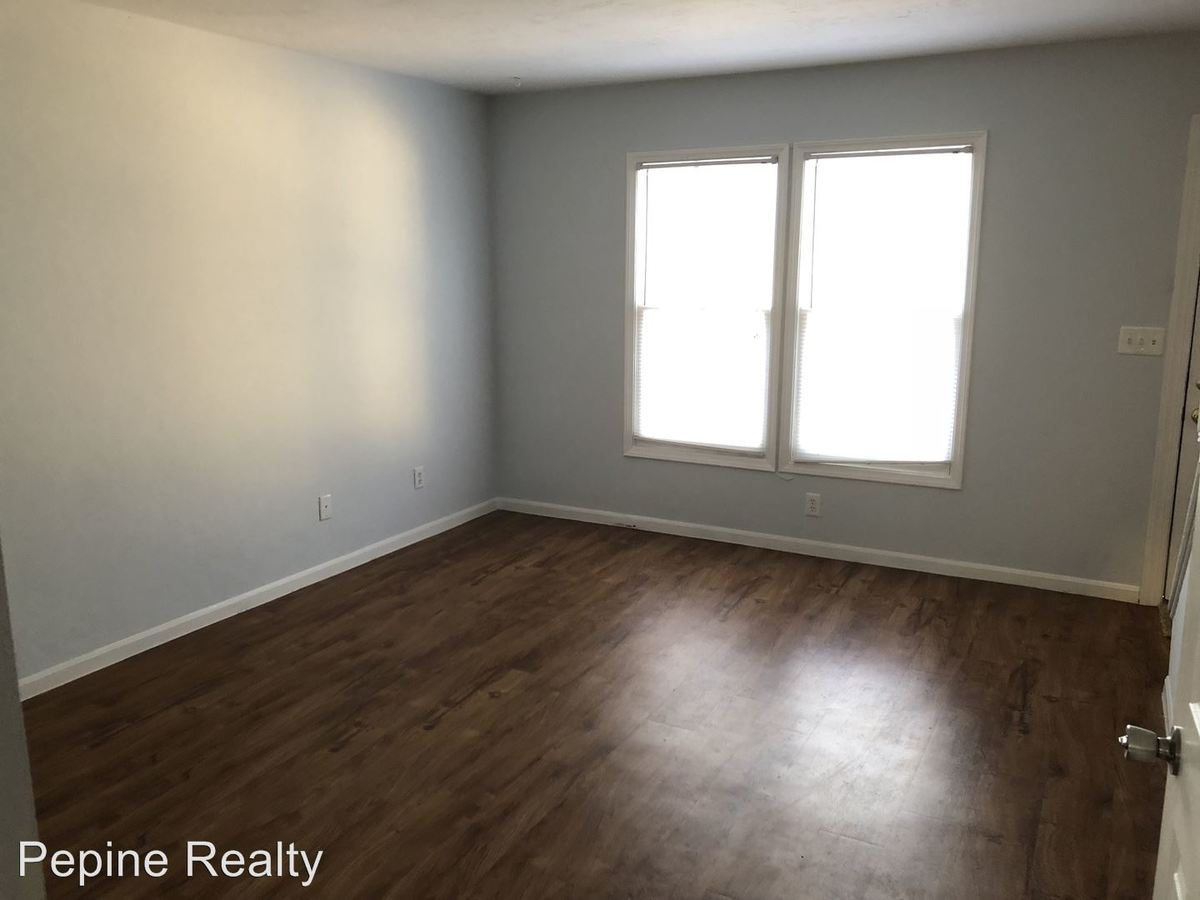 2 Bedrooms 1 Bathroom Apartment for rent at 3701 Sw 29th Terrace in Gainesville, FL