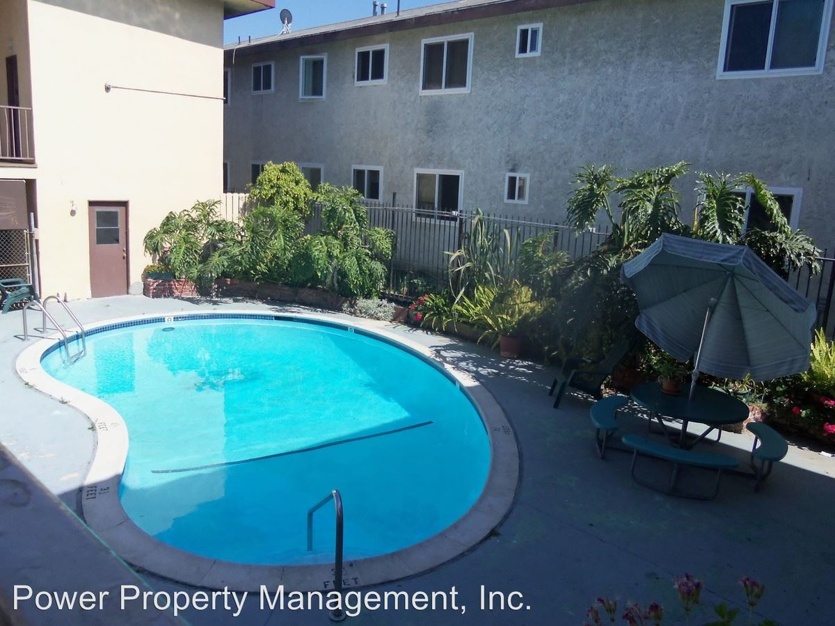 1 Bedroom 1 Bathroom Apartment for rent at 10112 Felton Ave in Inglewood, CA